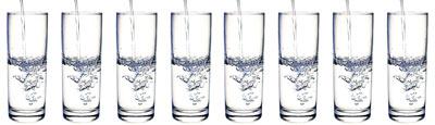 Bicchieri acqua, abituarsi a bere